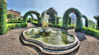 Vatican gardens reservation :: Book you guided tour in Rome