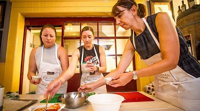 Small group Cooking class in Milan and Market food tour ❒ Italy Tickets