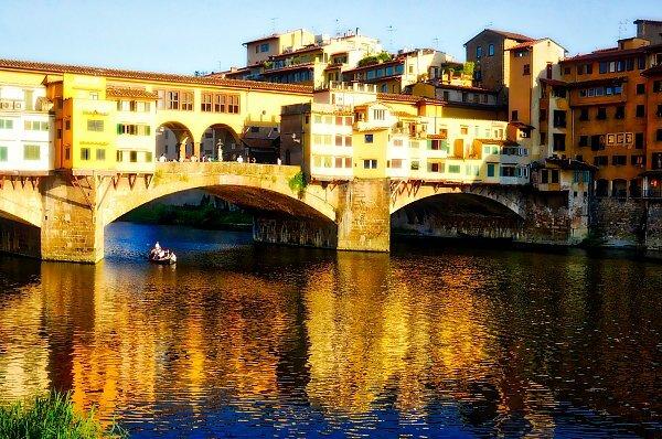 Lungo Il Corridoio In Inglese : Tour in barca lungo l arno a firenze inglese ❒ italy tickets