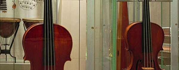 Musical instruments at the Accademia Gallery ❒ Italy Tickets